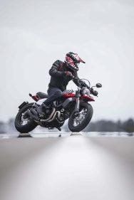 Ducati-Scrambler-Urban-Motard-60