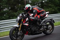 MV-Agusta-Brutale-1000-Nurburgring-action-09