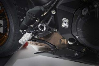 MV-Agusta-Brutale-1000-Nurburgring-details-02