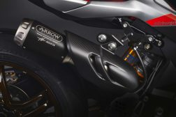 MV-Agusta-Brutale-1000-Nurburgring-details-27