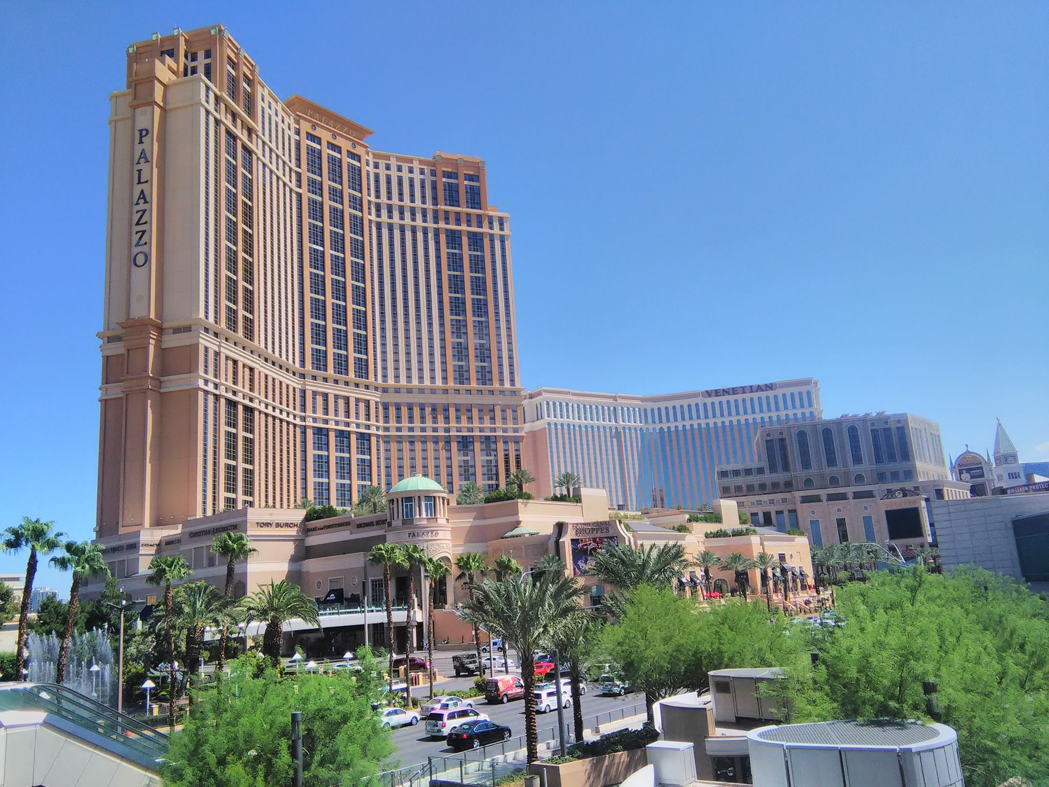 The Golden Triangle (Las Vegas-The Grand Canyon- Disneyland California) in Eight Days!