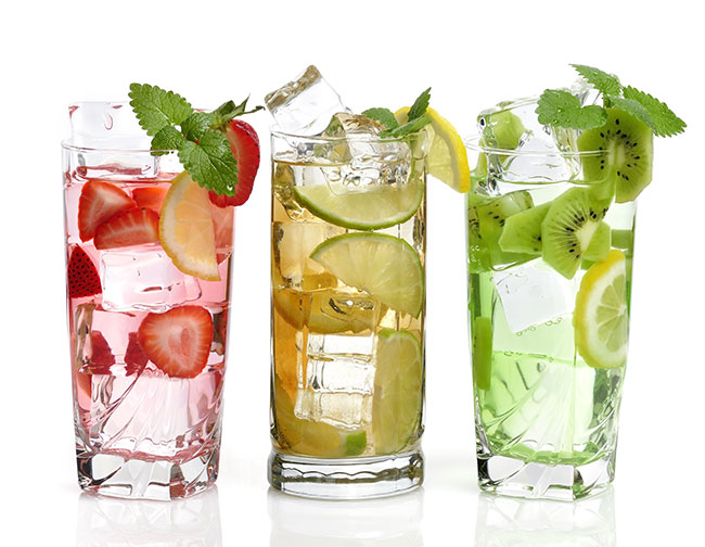 6 Water Infusion Recipes to Cool off in a Healthy Way