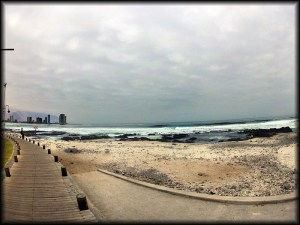 Iquique beach walk photo