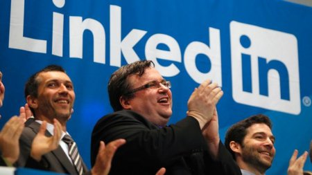 Suasana saat IPO LinkedIn