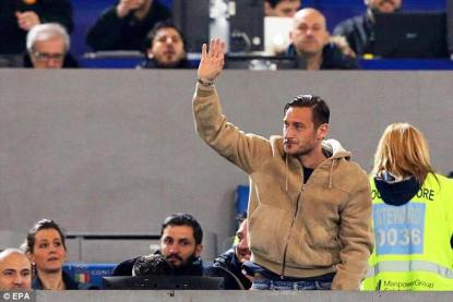 totti-retire-or-not