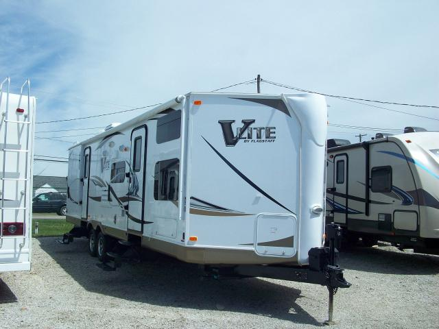 Used 2013 Flagstaff V Lite 30wtbs Travel Trailer With Bunk