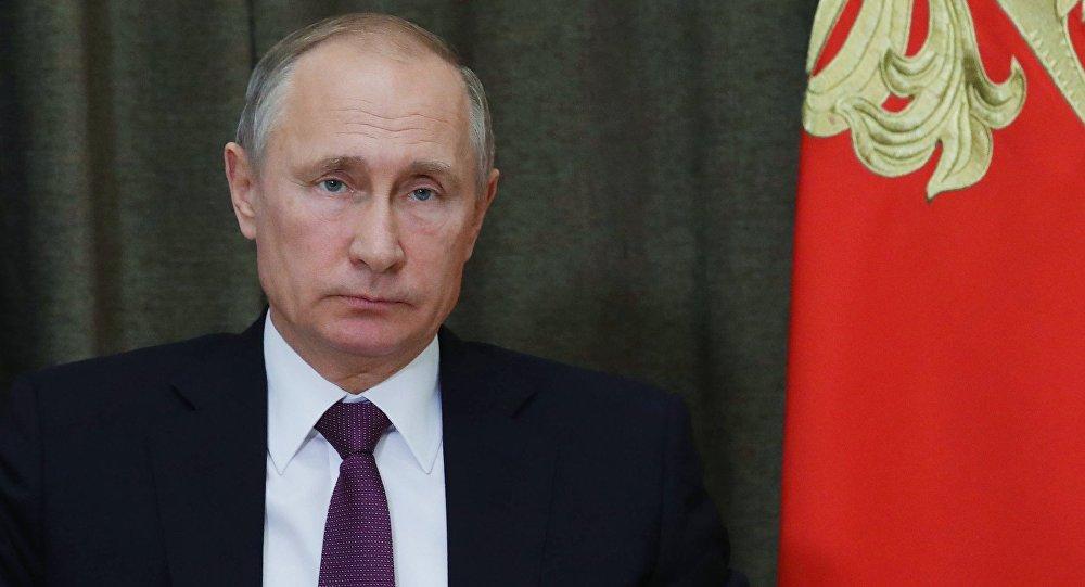بوتين يوقع تعديلات على قانون وسائل الإعلام الأجنبية