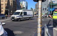 عاجل: سيارة تدهس المواطنين في ملبورن الأسترالية _ فيديو