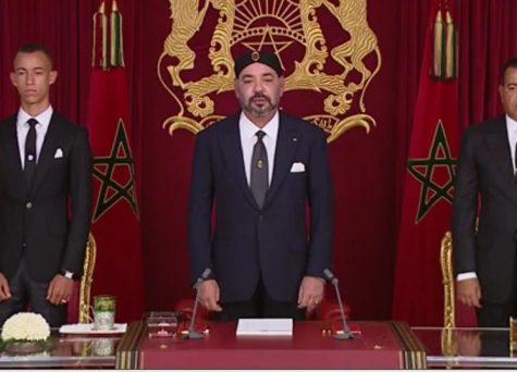الملك ينتقد الأحزاب السياسية ويصف أساليب عملها بالمتجاوزة