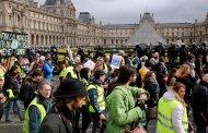 7000 من السترات الصفراء يتظاهرون في فرنسا