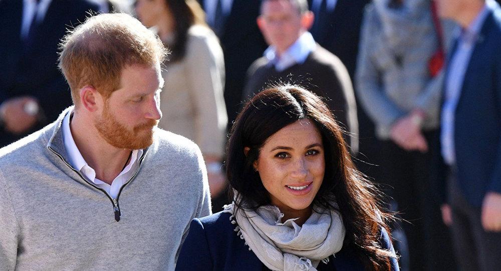 """أثناء تواجدهما في المغرب...الأمير """"هاري"""" يمازح """"ميغان"""" بشأن حملها: """"هل هو ابني؟"""""""