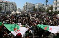 للجمعة الـ 24 على التوالي ...الجزائريونيتظاهرون ويطالبون بالتغيير ورحيل رموز النظام السابق