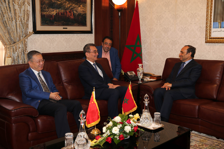 رئيس مجلس النواب يستقبل مدير المعهد الصيني للأبحاث الاقتصادية