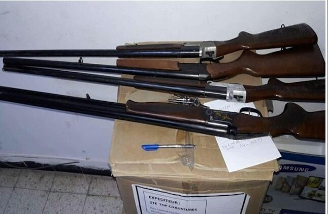 الأمن يحجز أسلحة حية بميناء طنجة المتوسط