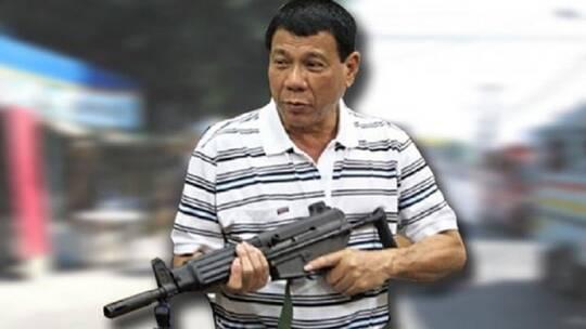 غريب..الرئيس الفلبيني يدعو مواطنيه لإطلاق النار على المسؤولين الذين يطالبونهم برشوة