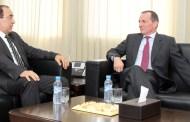 الوزير عبيابة يتباحث مع السفير البريطاني حول سبل تعزيز التعاون الثقافي بين المملكتين
