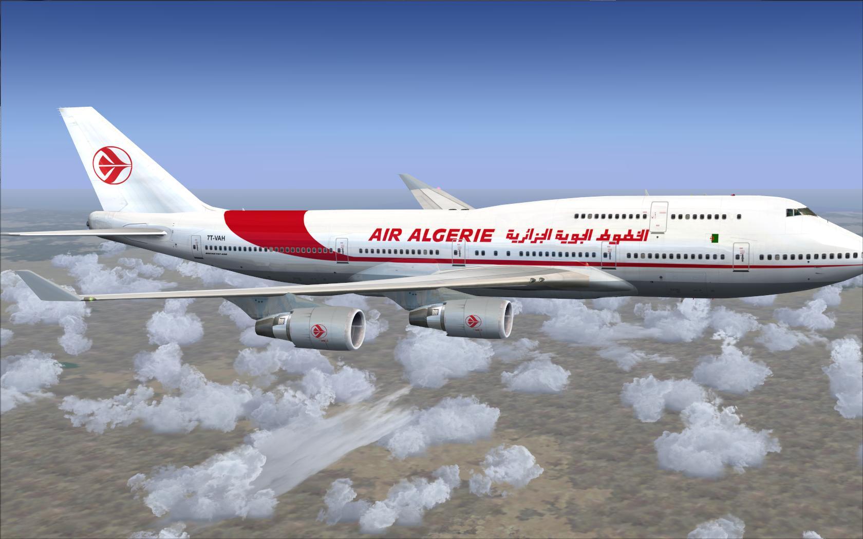 نجاة أزيد من 140 مسافرا إثر إنفجار محرك طائرة جزائرية