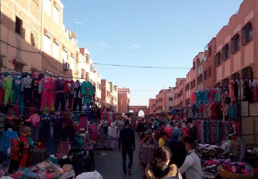 مراكش .. سلطات المحاميد تحرر شارع