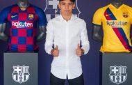 برشلونة يجدد عقد لاعبه المغربي