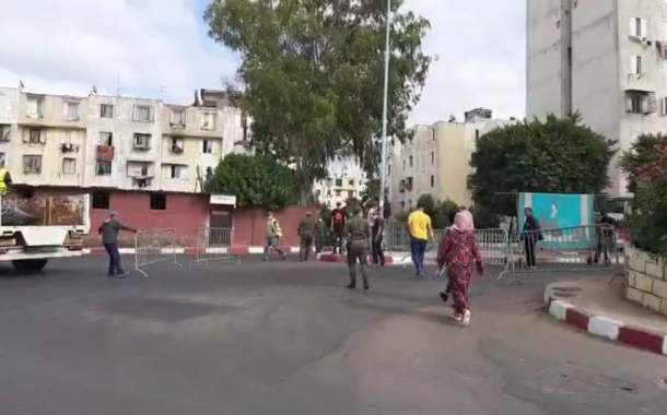 إغلاق شوارع الحي المحمدي بالبيضاء بسبب إرتفاع حالات الإصابة بكورونا