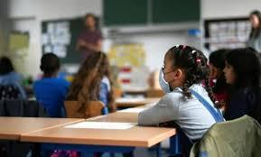 إغلاق مدرستين بإقليم إفران بسبب كورونا