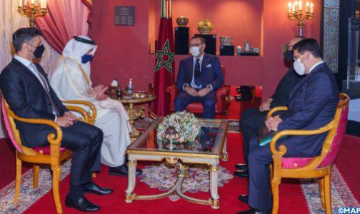 الملك محمد السادس يستقبل وزير الخارجية والتعاون الدولي الإماراتي