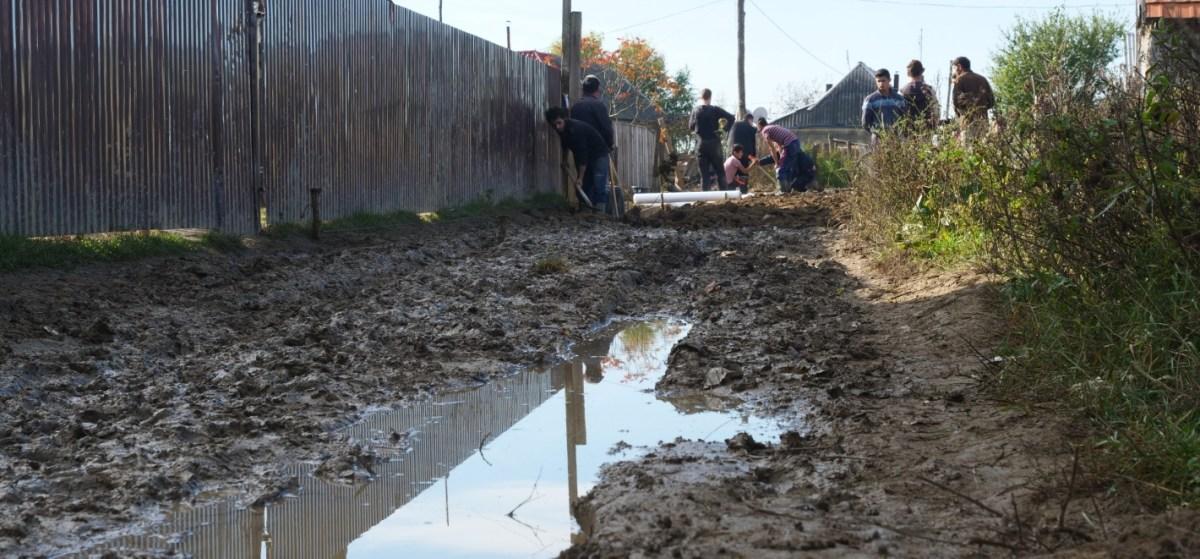Modderpad Zigeunerkamp Oekraïne