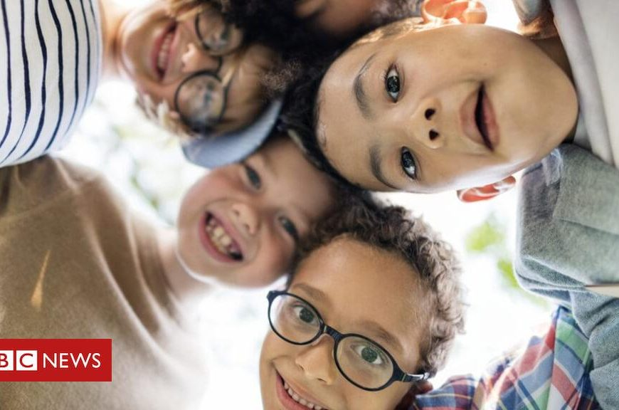 Children 'should be weighed up to 18'
