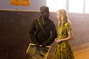 "Aldis Hodge and Beth Riesgraf in LEVERAGE - Season 4 - ""The Van Gogh Job"" 