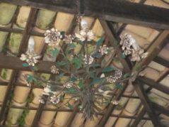 lustre floral estilo rústico
