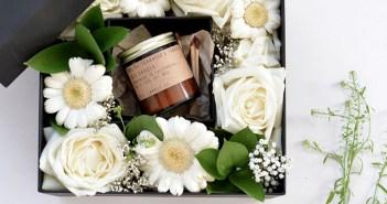 caixa de flores presente dia das mães