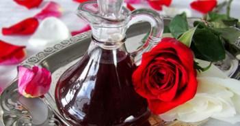 Garrafa de água de rosas