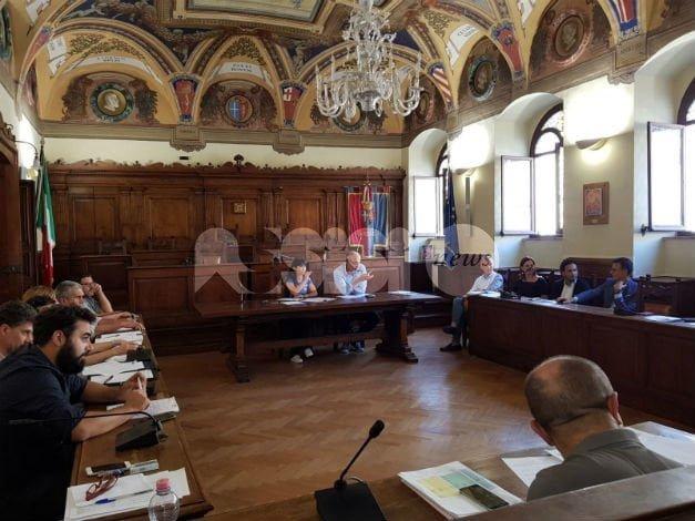 Tassa di soggiorno ad Assisi incontro giuntaoperatori rimane la distanza  AssisiNews