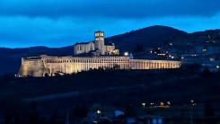 Panorama Assisi tardo pomeriggio inverno - gennaio 2014 Bastilica San Francesco (2)