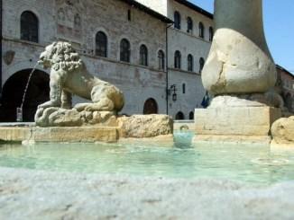 Fonti e fontane ad Assisi, valore e costume di un bene insostituibile nel tempo