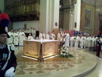 ordinazione-episcopale-padre-piemontese (9)