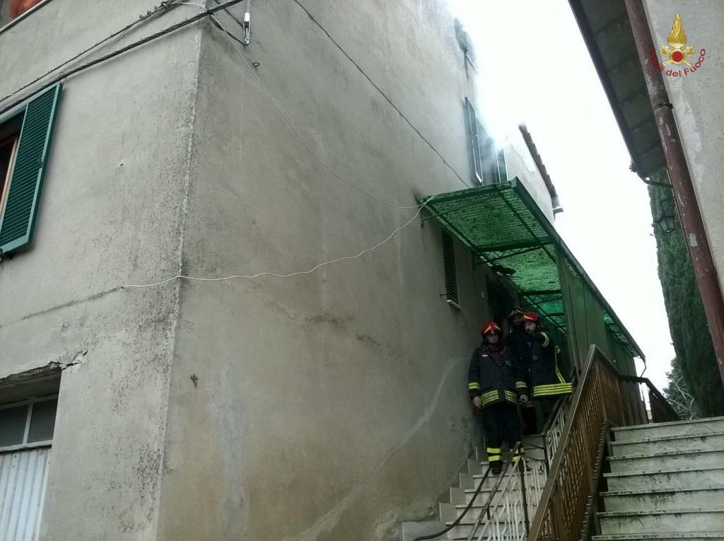 incendio-petrignano-d-assisi (6)
