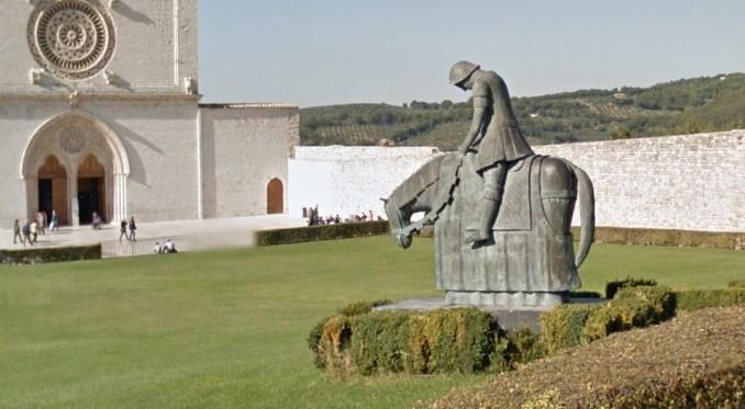 Alla scoperta dei luoghi della memoria di Assisi