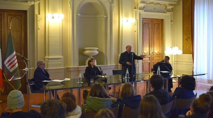 Laudato Si', presentato il libro di Monsignor Sorrentino