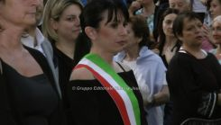 Stefania Proietti con fascia da sindaco (5)