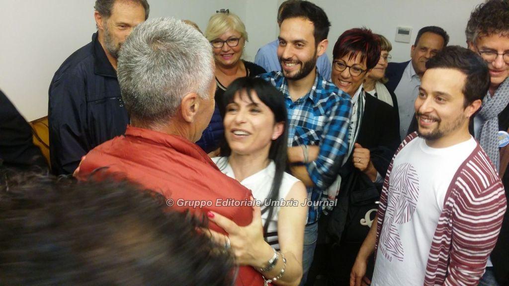 stefania-proietti-vince-ballottaggio-assisi (6)