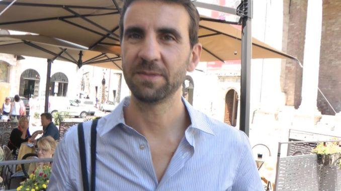 Joseph Grima, intervista con membro staff sindaco Assisi, Stefania Proietti [VIDEO]