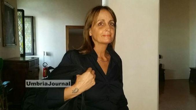 Assisi, la sindaca Stefania Proietti dismette l'assessore Claudia Travicelli