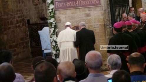 papa-francesco-assisi-porziuncola (8)