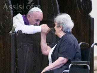 Papa Francesco, padre dei poveri, piccoli e poveri per raggiungere il cielo