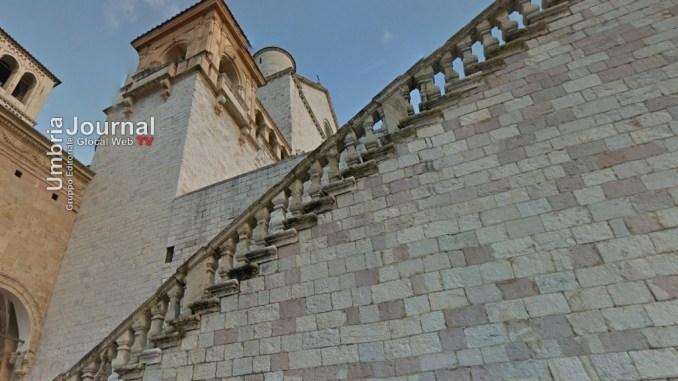 Terremoto, danni dai social, Perugia Assisi chiedono a Facebook verità sui fatti