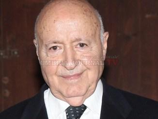 Franco Mariotti, Leggio lei mi fa veramente pena, Primo Piano sull'Autore Assisi