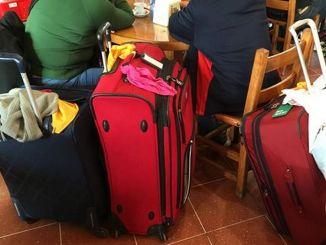 Niente deposito bagagli Stazione Assisi, escursionisti infuriati, la segnalazione