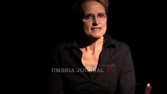 """Patrizia Punzo al Piccolo teatro degli instabili con il """"In nome della madre"""""""