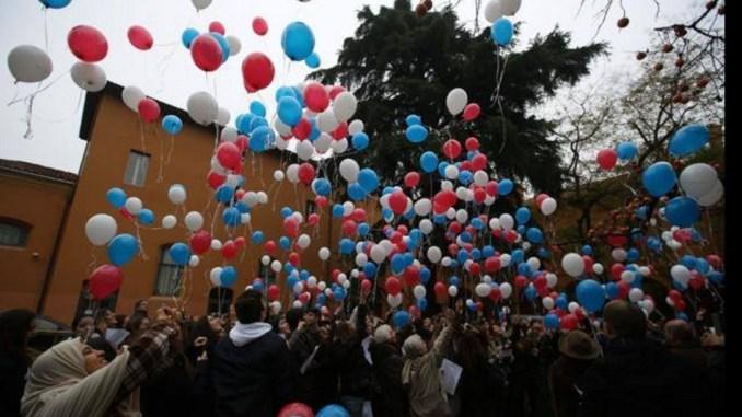 """Oppure un flash mob, Gianni Lippi, di Terre di Assisi 2.0, """"voliamoci bene"""""""